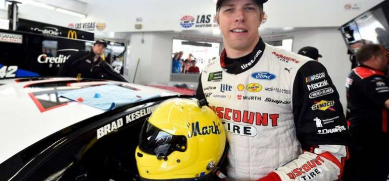 KESELOWSKI HELMET TRIBUTE: Yellow Helmet for Mark Donohue